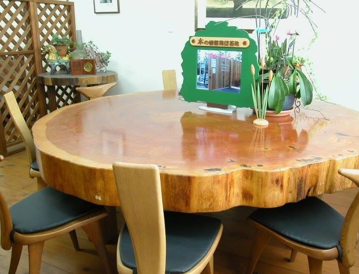丸太テーブル-中川木材産業