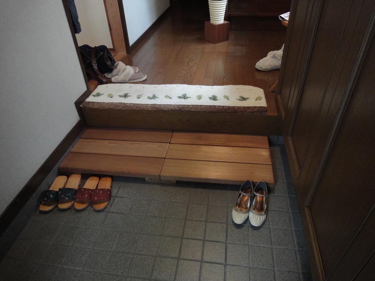 玄関スフップ設置例