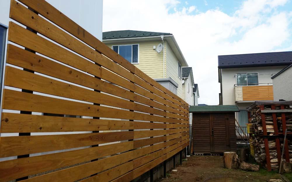 購入者の目隠しフェンス事例-中川木材産業