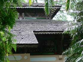ウリンの屋根材